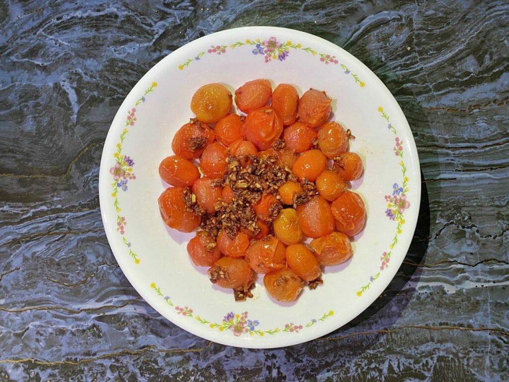 Cherry Tomato Garlic